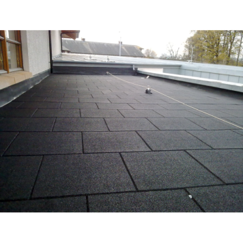 black rubber promenade tiles